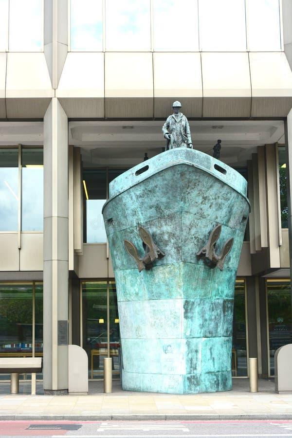 Скульптура корабля Международное морское Organisatio стоковые изображения