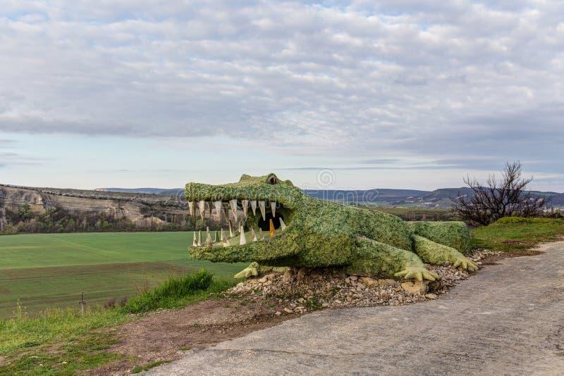 Скульптура крокодила стоковые фото