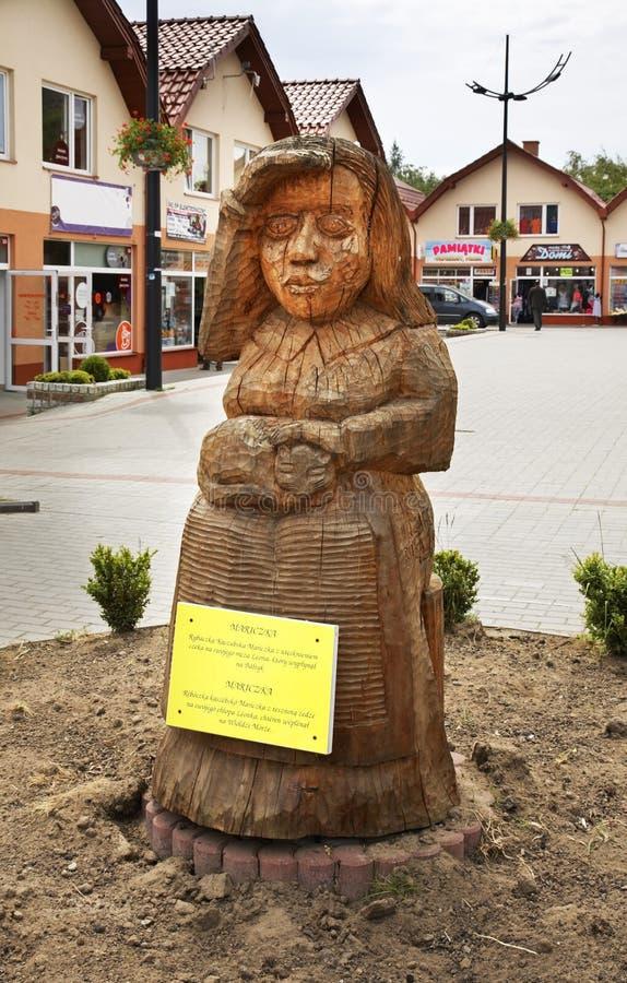 Скульптура Mariska жены рыболова в awowo 'WladysÅ Польша стоковая фотография