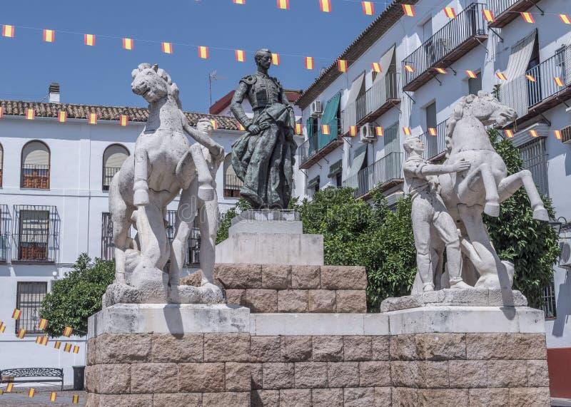 Скульптурный ансамбль предназначенный к bullfighter вызванному Manolete, ` Манюэля Родригеса `, Cordoba, Испанией стоковые изображения