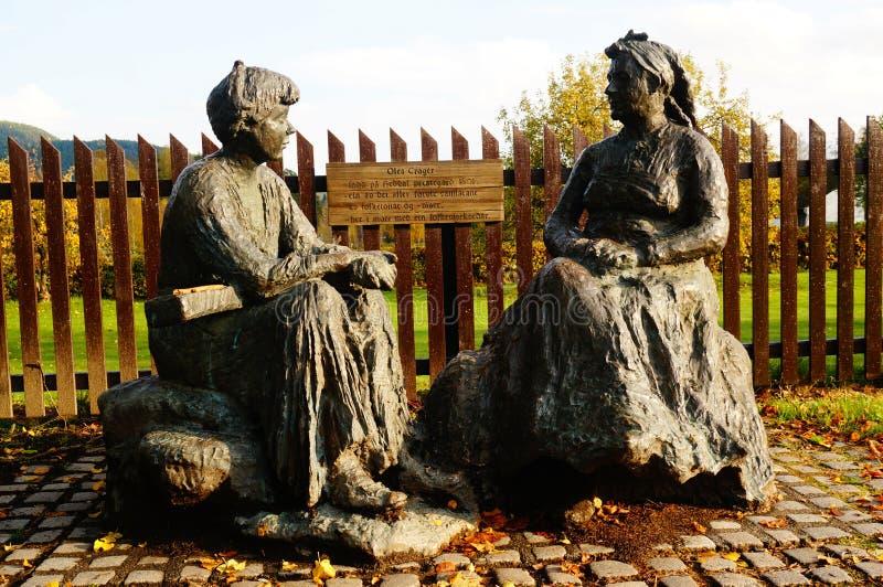 Скульптуры металла женщин, Норвегии стоковое изображение rf