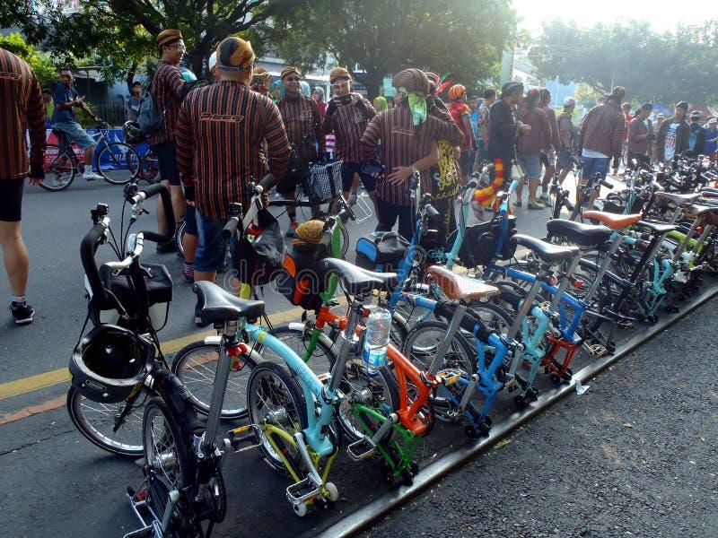 Складывая велосипед стоковые фото