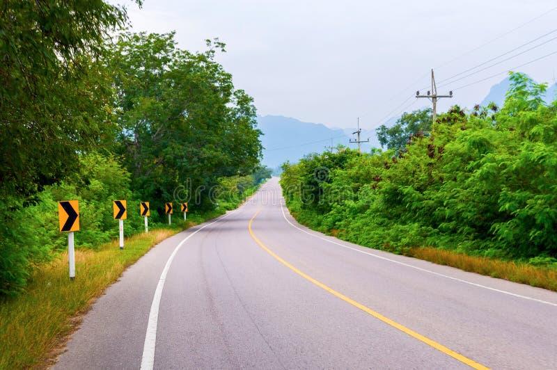 Славная дорога асфальта в Азии стоковые фото