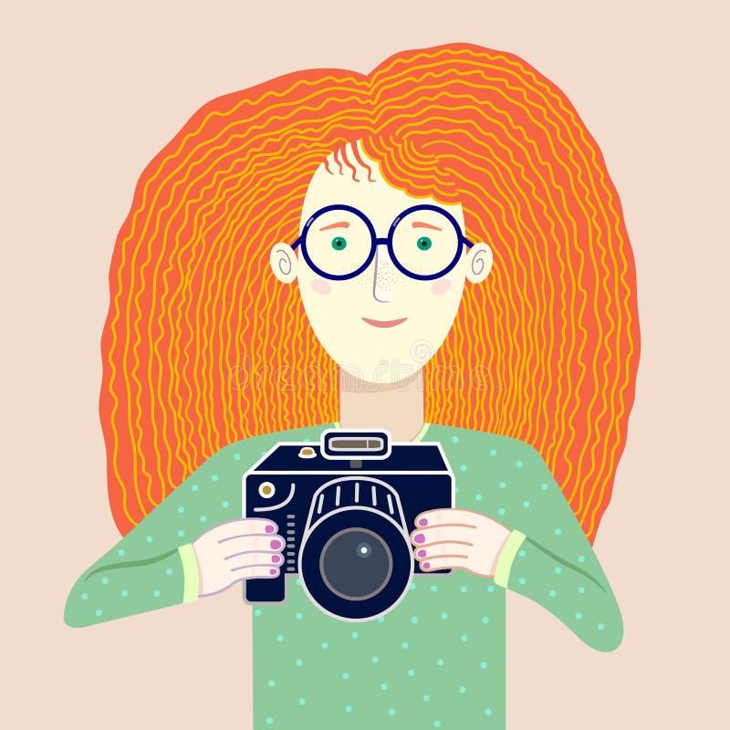 Славная иллюстрация молодой рыжеволосой девушки - фотографа иллюстрация вектора