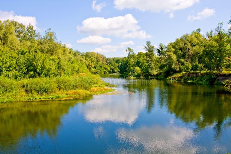 славное река стоковое изображение