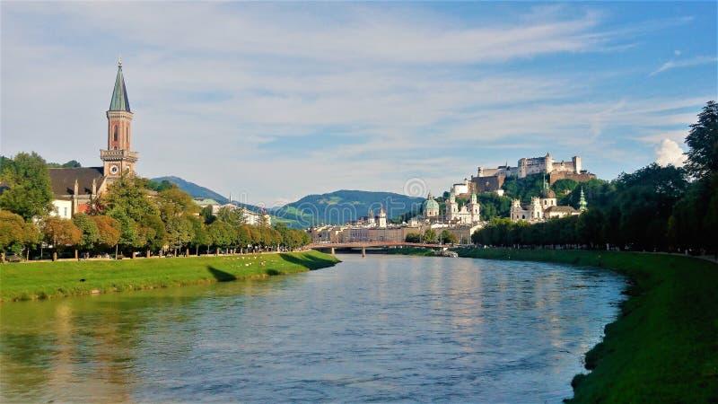 Славный взгляд красивого города Зальцбурга, Австрии стоковое изображение rf
