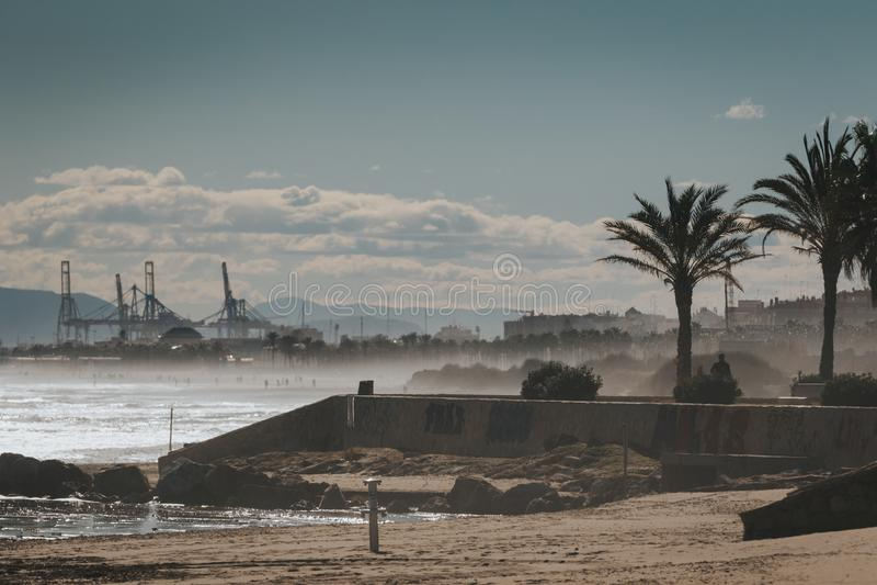 Славный пейзаж захода солнца гаван Saplaya Alboraya около Валенсия Испании стоковые фотографии rf
