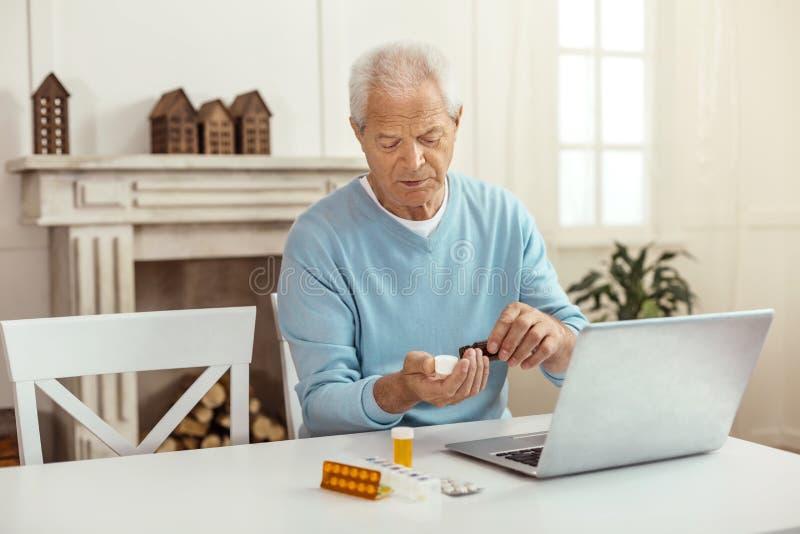 America Persian Seniors Online Dating Service