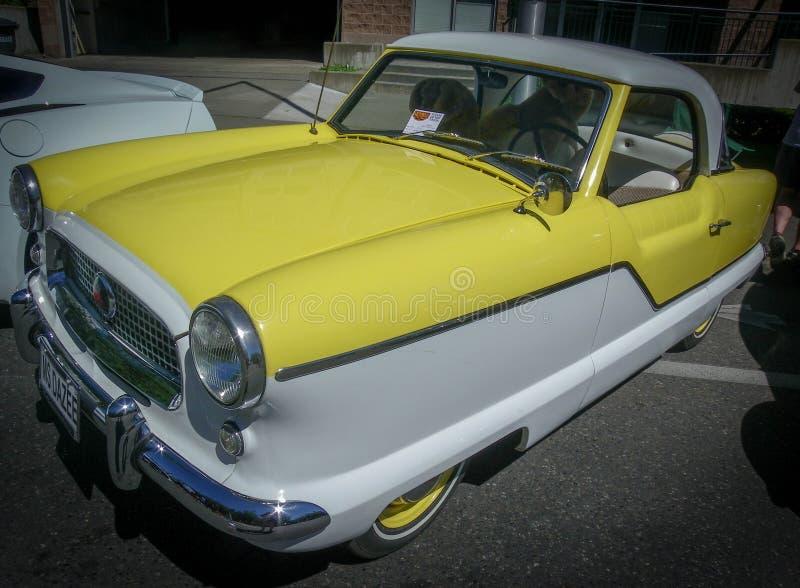 Славный старый автомобиль на выставке автомобиля стоковые фотографии rf