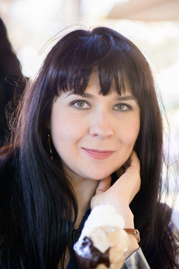 Славный украинский портрет девушки стоковое фото