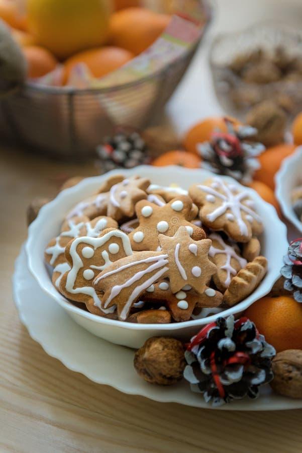 Сладкие печенья имбиря стоковое изображение rf