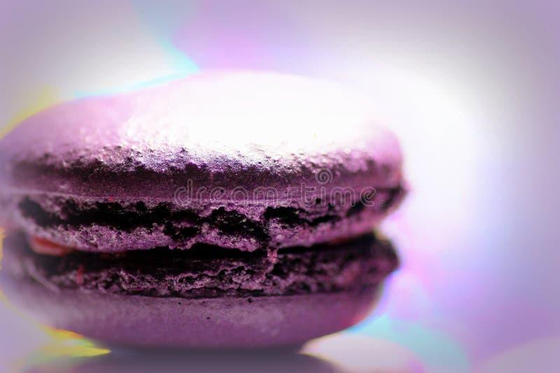 Сладкое печенье macaron от предпосылки стоковое изображение