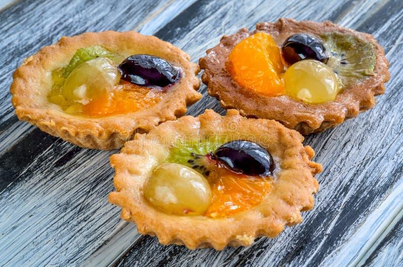 Download Сладостная очень вкусная еда Стоковое Изображение - изображение насчитывающей вкусно, пирожне: 107263285