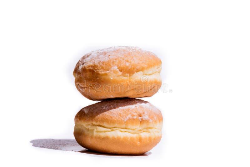 Сладостный светлый десерт для кофе Donuts заполненные с плодоовощами лета стоковое фото