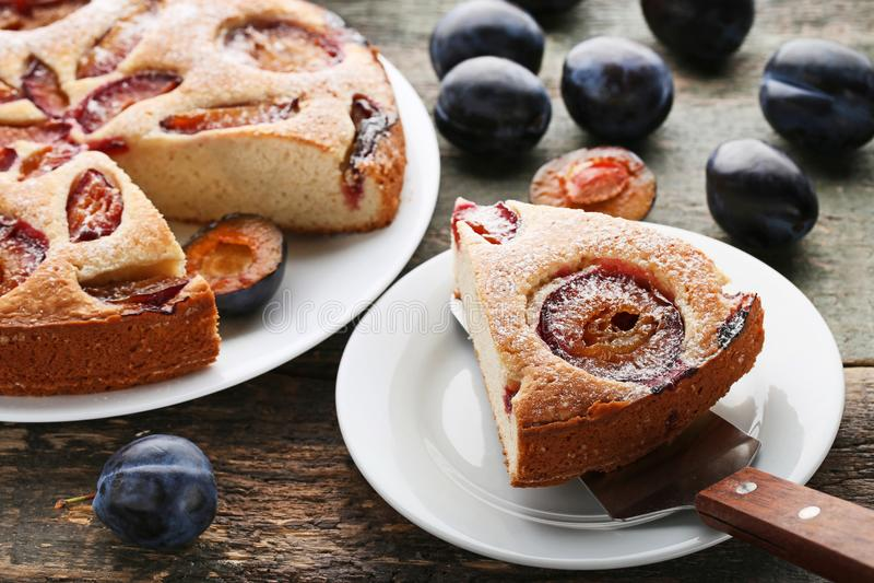 Сладостный торт сливы стоковое изображение