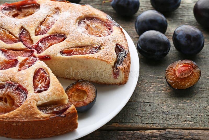 Сладостный торт сливы стоковое изображение rf