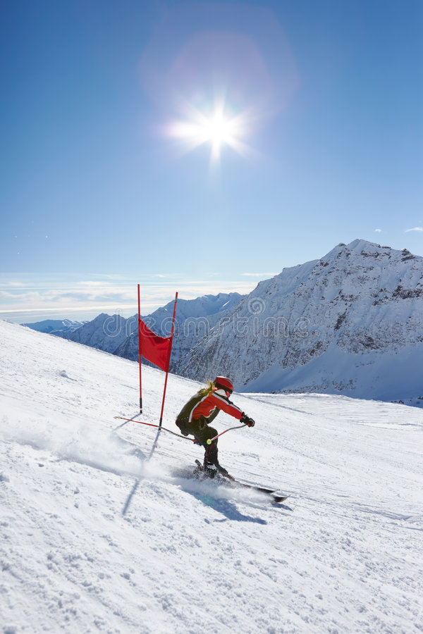 слалом лыжи стоковое изображение