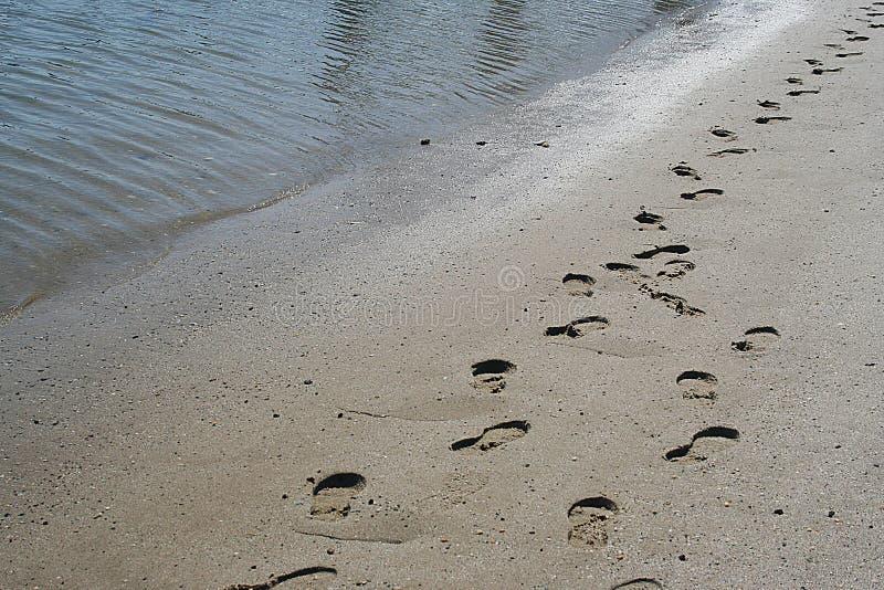 следы ноги jesus стоковые фотографии rf