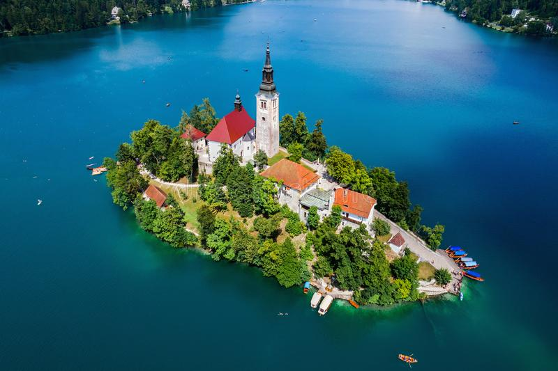 Словения - кровоточенное озеро курорта стоковая фотография rf