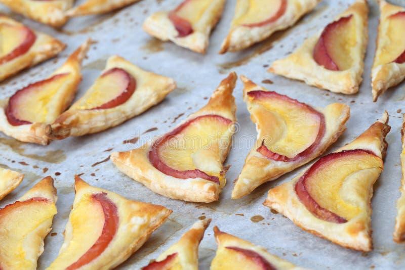слойка печенья нектаринов стоковое изображение