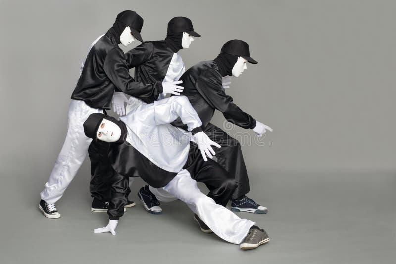 сломайте детенышей команды портрета танцоров стоковая фотография rf
