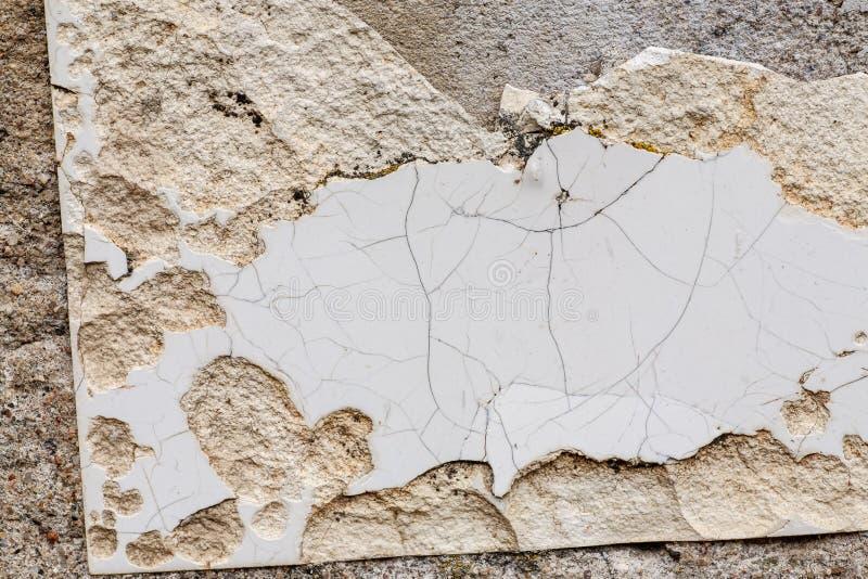 Сломанный снятый крупный план, абстрактная текстура керамической плитки стоковое изображение