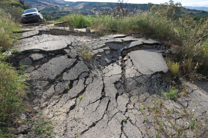 сломленная дорога стоковая фотография rf