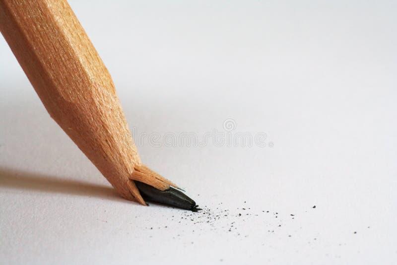 сломленный карандаш стоковые изображения