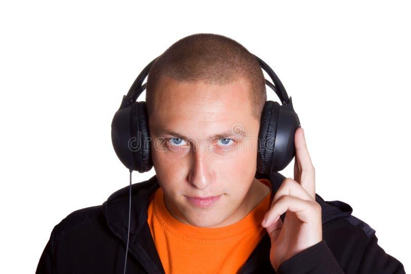 слушает нот человека к детенышам стоковая фотография