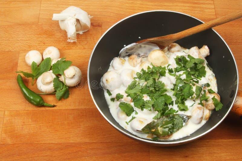 Сметанообразный рецепт гриба стоковые фото