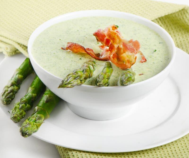 Сметанообразный суп с спаржей стоковые изображения rf