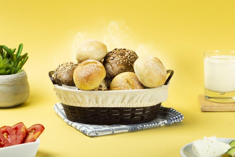Смешанный горячий хлеб, который сделает вас голодный стоковое изображение