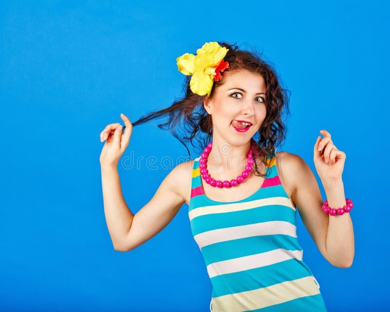 Смешная девушка в костюме матроса стоковые изображения