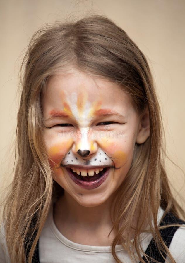Смешная девушка котенка стоковые фотографии rf