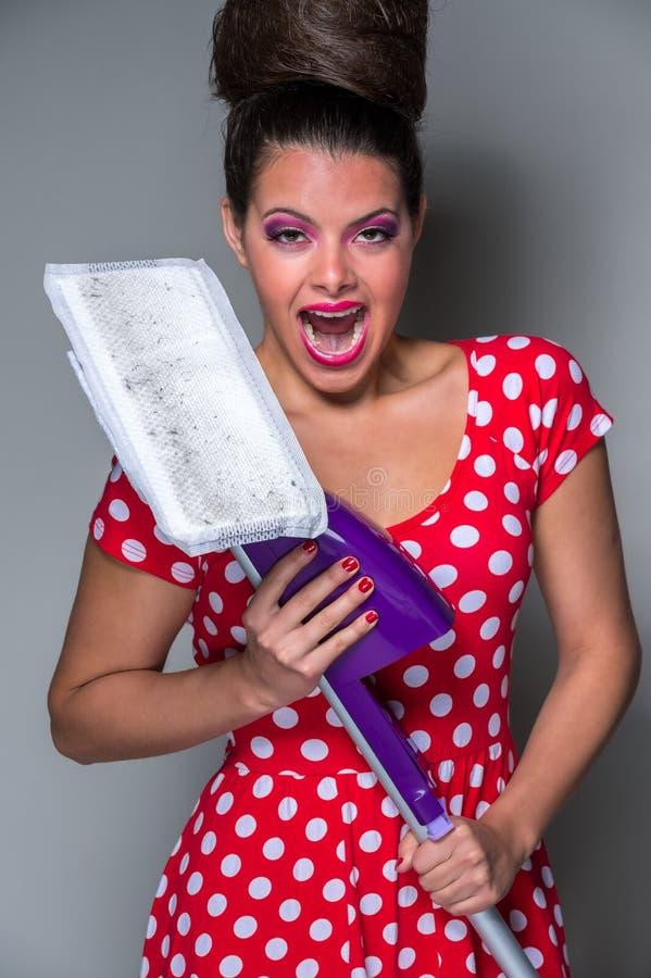 Смешная домохозяйка стоковое изображение rf