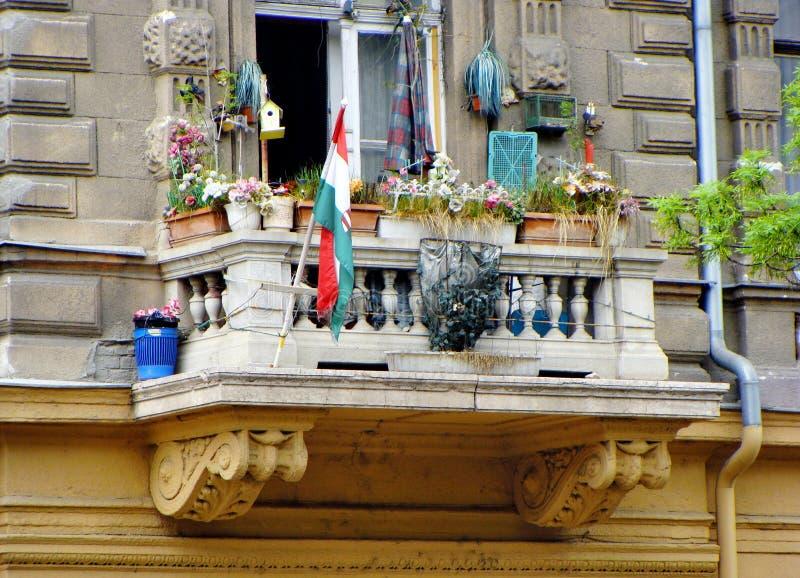 Смешной балкон на бульваре Andrasi в Будапеште стоковые изображения rf