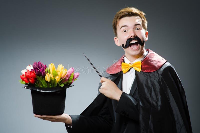 Смешной волшебник с палочкой стоковая фотография