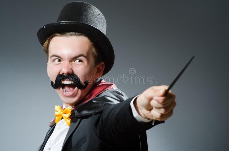 Смешной волшебник с палочкой стоковые фото