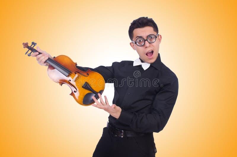 Смешной игрок скрипки на белизне стоковое фото