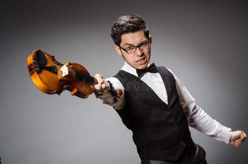 Смешной игрок скрипки стоковые изображения