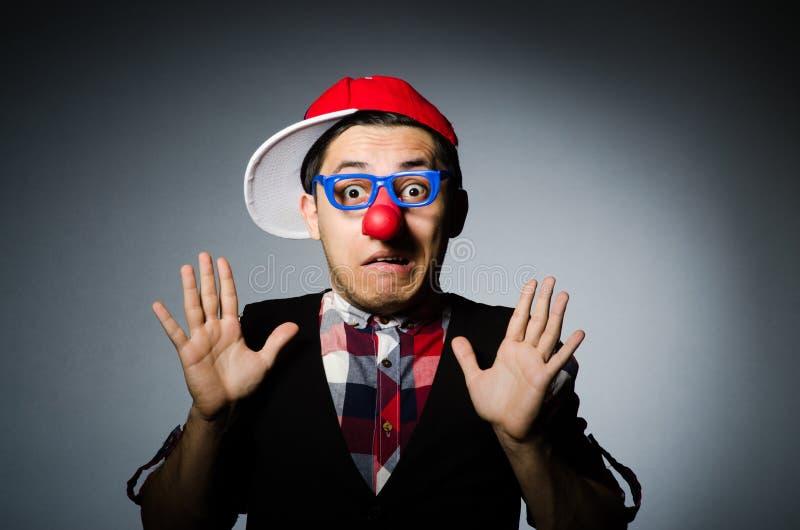 Смешной клоун против стоковые изображения rf