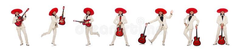 Смешной мексиканец в гитаре удерживания костюма изолированной на белизне стоковая фотография