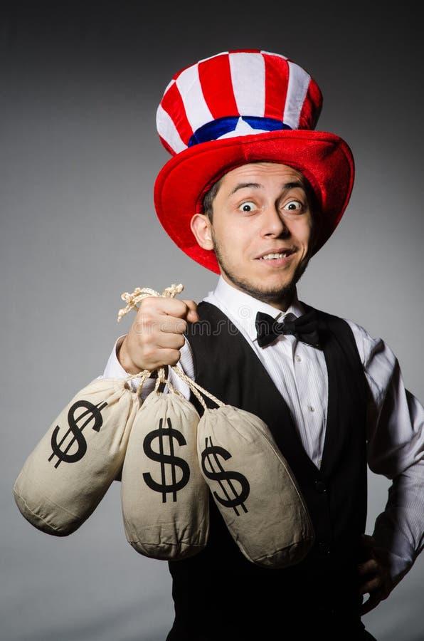 Смешной человек с американской шляпой стоковые фото