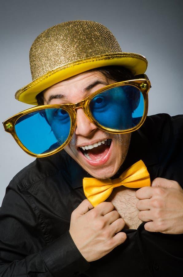 Смешной человек с винтажной шляпой стоковое изображение rf