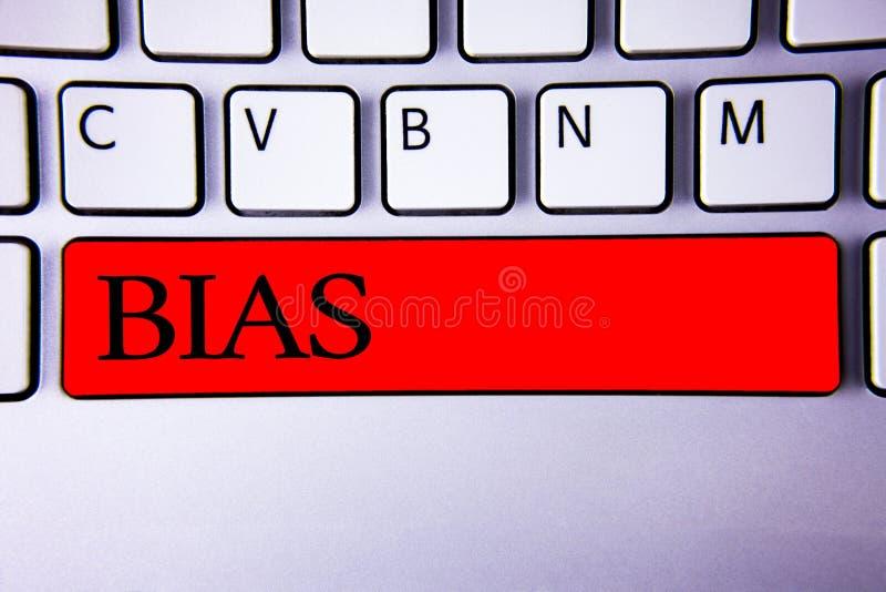 Смещение сочинительства текста почерка Концепция знача ключ i несправедливой субъективной клавиатуры ханжества неравенства переос стоковое изображение