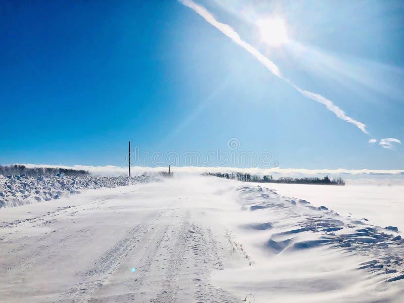 смещения снега прерии стоковые изображения rf