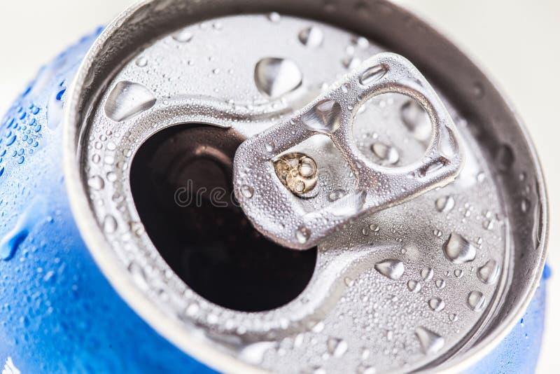Смогите колы Пепси на кровати льда стоковая фотография rf