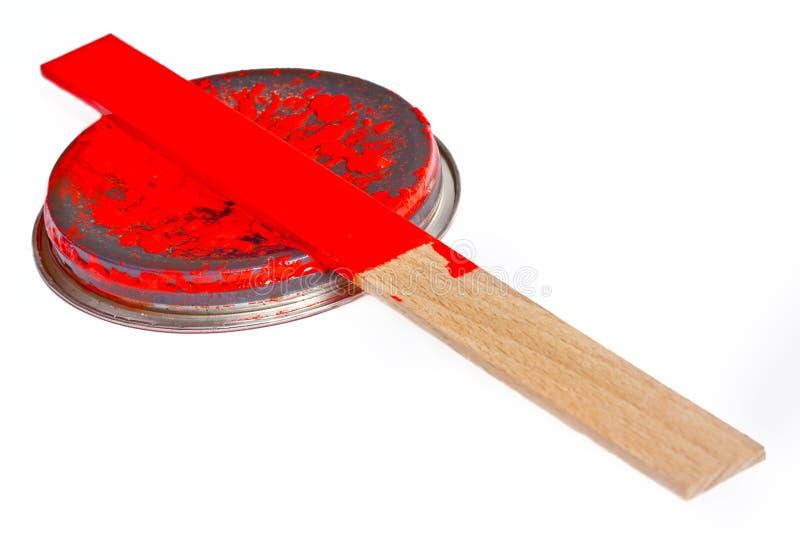 смогите покрыть древесину stir краски стоковое изображение rf