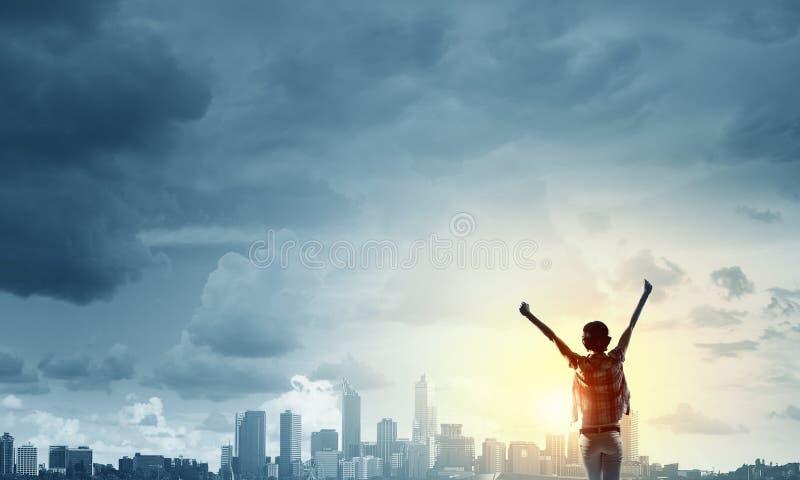 Смотреть на новый день стоковое изображение rf