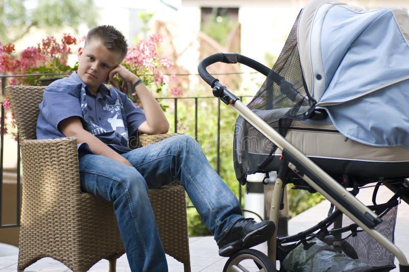Смотреть после младенца стоковые изображения rf